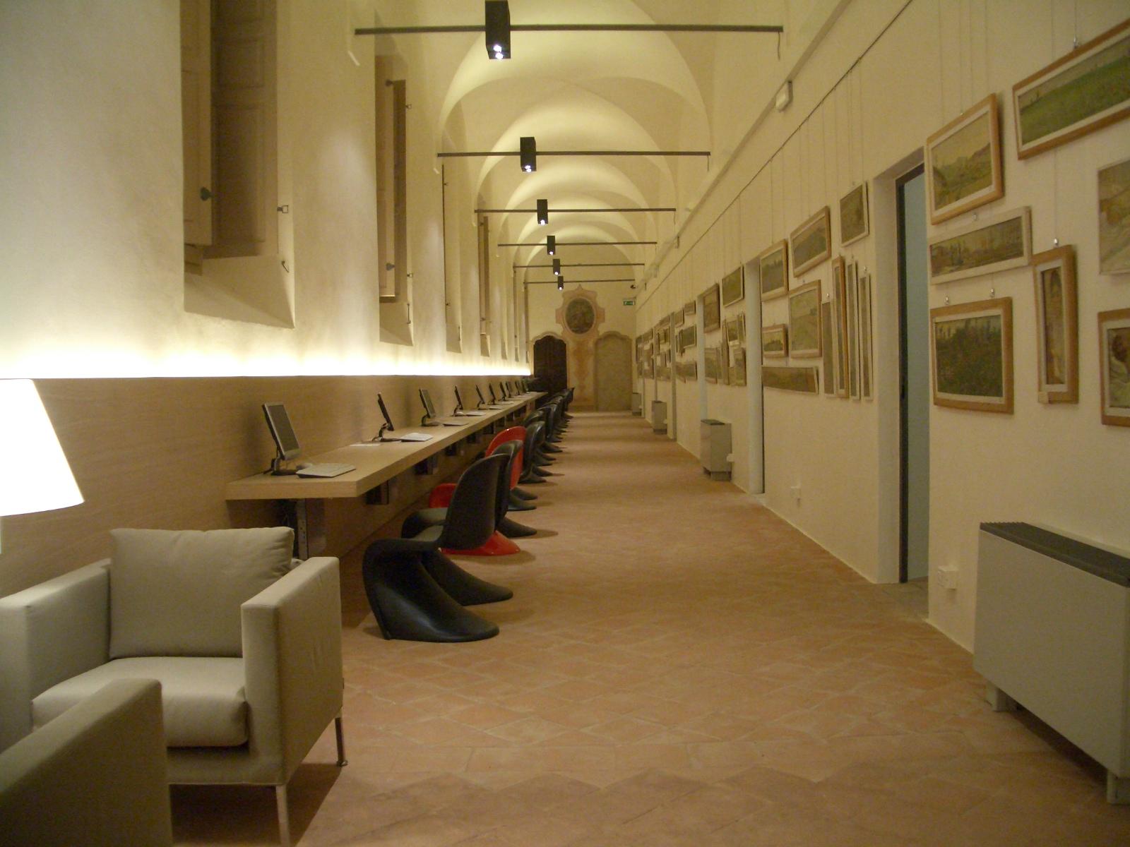 interno nbiblioteca